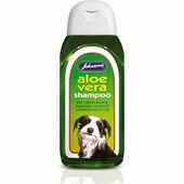 Johnson\'s Aloe Vera Shampoo