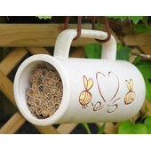 Wildlife World Pollinating Bee Mug Including Nesting Tubes