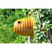 Wildlife World Ceramic Bee Skep With Nesting Material