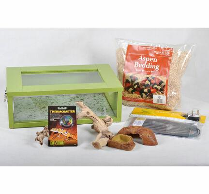 The Pet Express Corn Snake Starter Kit- Green Small Vivarium (18