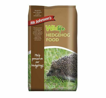 6 x Mr Johnsons Wildlife Hedgehog Food 750g
