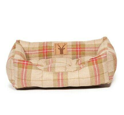 Danish Design Newton Moss Cream & Red Dog Snuggle Bed