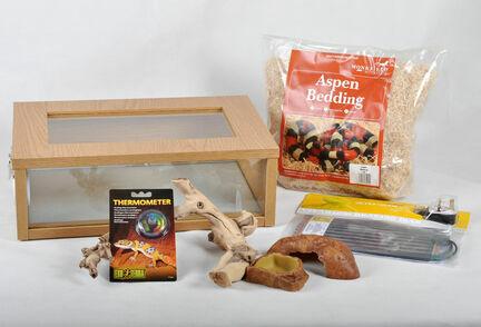 The Pet Express Corn Snake Starter Kit - Small Vivarium (18
