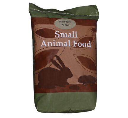 Henry Bell Guinea Pig With Grass 15kg